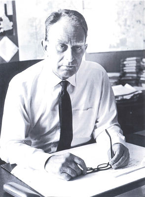 A portrait photograph of Gordon Macintyre Regional Director of The Open University in Northern Ireland 1972-1992.